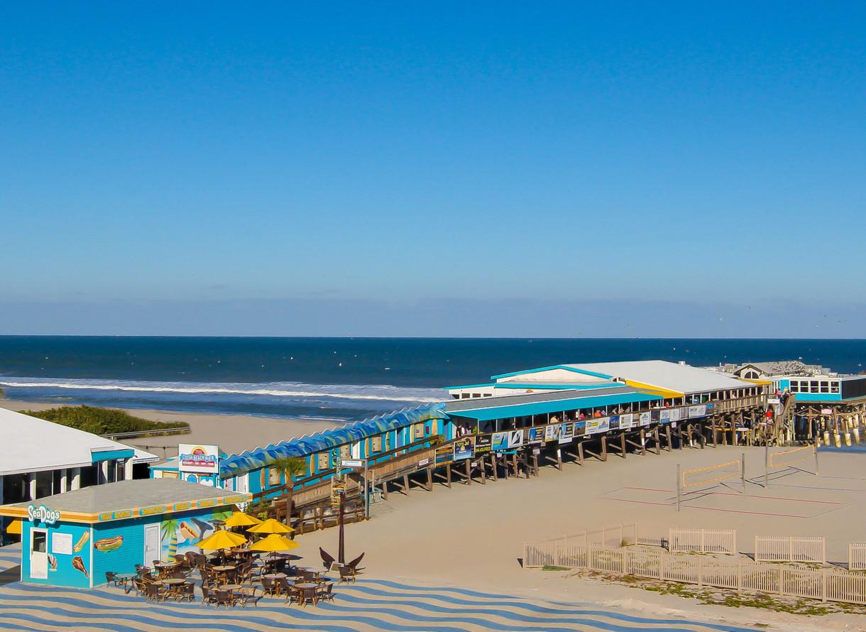 Cocoa Beach Pier >> Rikki Tiki Tavern Westgate Cocoa Beach Pier Cocoa Beach Florida