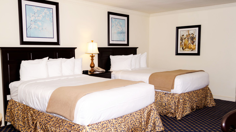 Accommodation Option -colonial-double-queen-guestroom