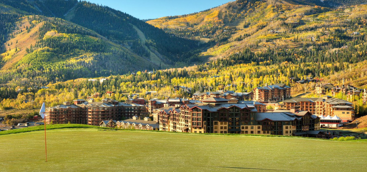Park City, Utah Hotel and Ski Resort located near Canyons Village | Canyons Golf Course