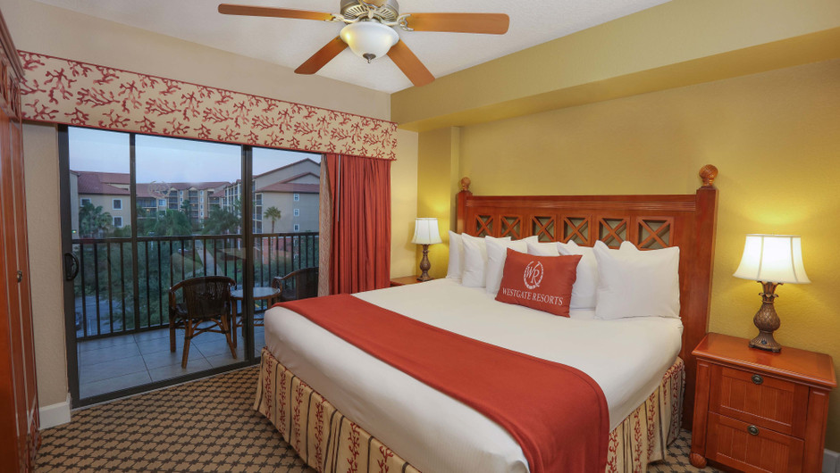 One-Bedroom Villa with a King Bed at Westgate Lakes in Orlando, FL | Westgate Resorts
