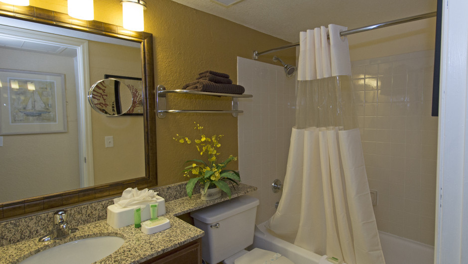 Bathroom in One Bedroom Villa at our Orlando resorts | Westgate Blue Tree Resort | Westgate Resorts Orlando