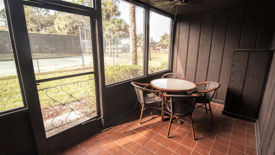 Screened in Patio at the Deluxe Lodge Suite    Westgate River Ranch Resort & Rodeo   Westgate Resorts