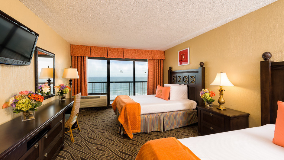 Beds in Double Oceanfront Room | Westgate Myrtle Beach Oceanfront Resort | Westgate Resorts