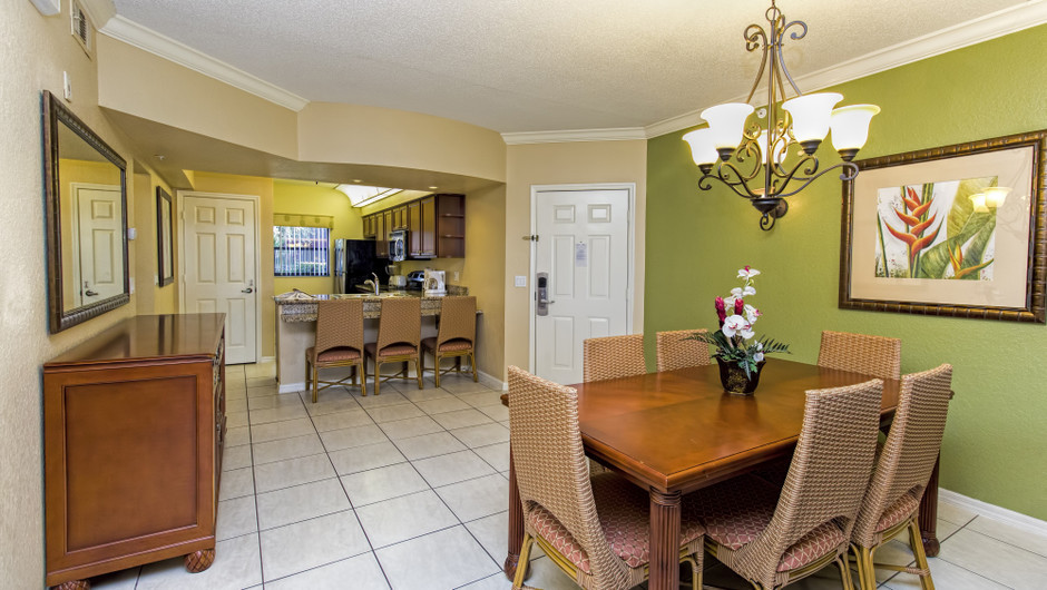 Dinging Area at Three-Bedroom Villa in Orlando, FL | Westgate Lakes Resort & Spa | Westgate Resorts