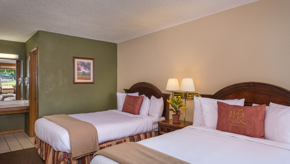 Traditional Queen Guestroom Beds | Westgate Branson Woods Resort | Westgate Resorts