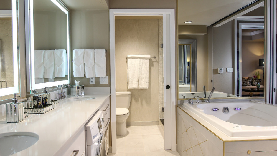 One Bedroom Villa Bathroom - Westgate Las Vegas