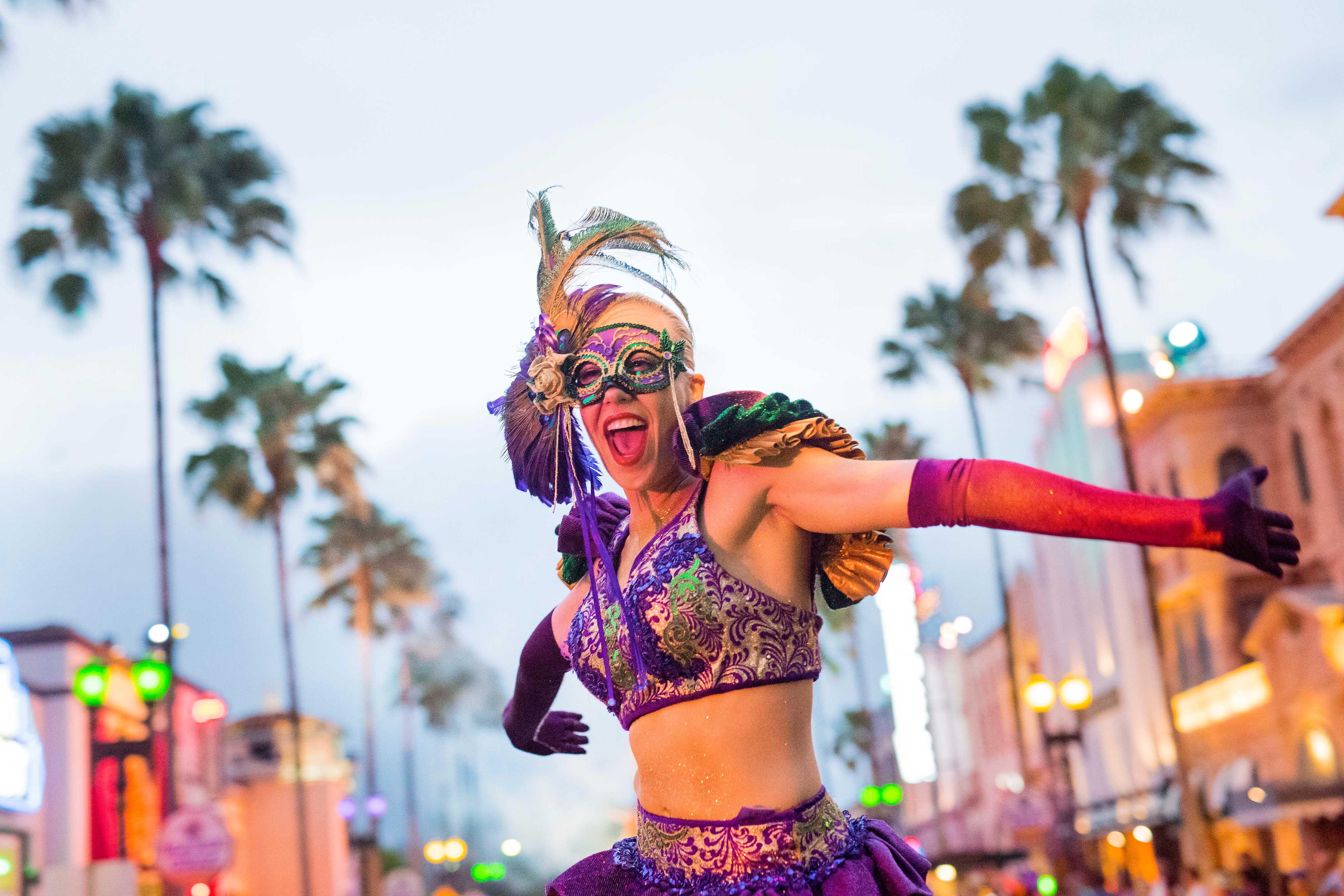 Universal Orlando Mardi Gras | Westgate Resorts