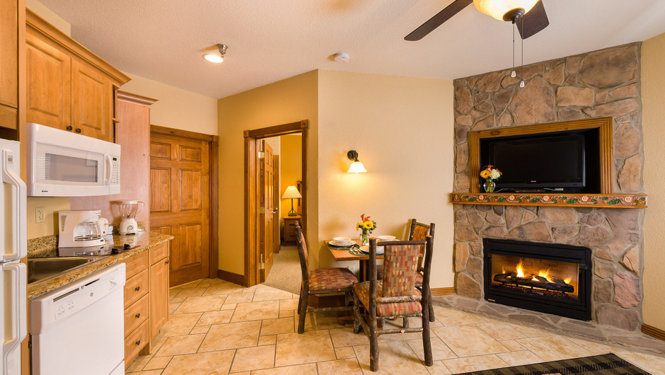 4 Bedroom Suites at Our Gatlinburg Resort near the Smoky Mountains | Spacious Living Room