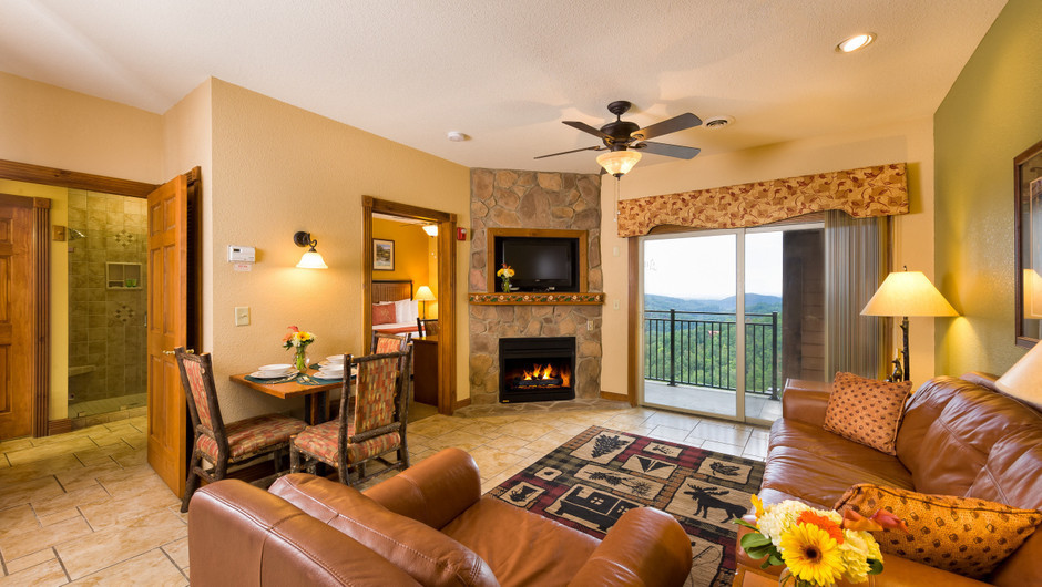 3 Bedroom Suites at Our Gatlinburg Resort near the Smoky Mountains | Spacious Living Room
