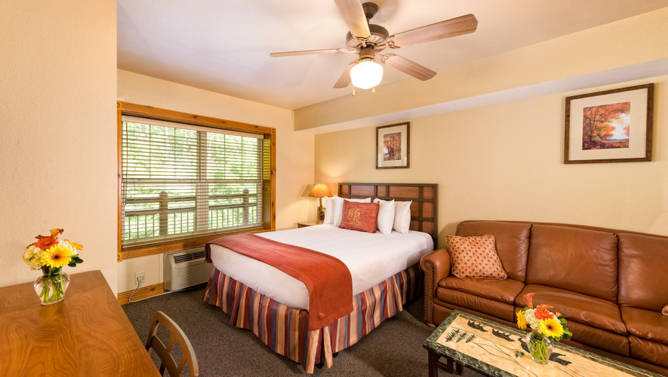 Studio Villas at Our Gatlinburg Resort near the Smoky Mountains | Spacious Living