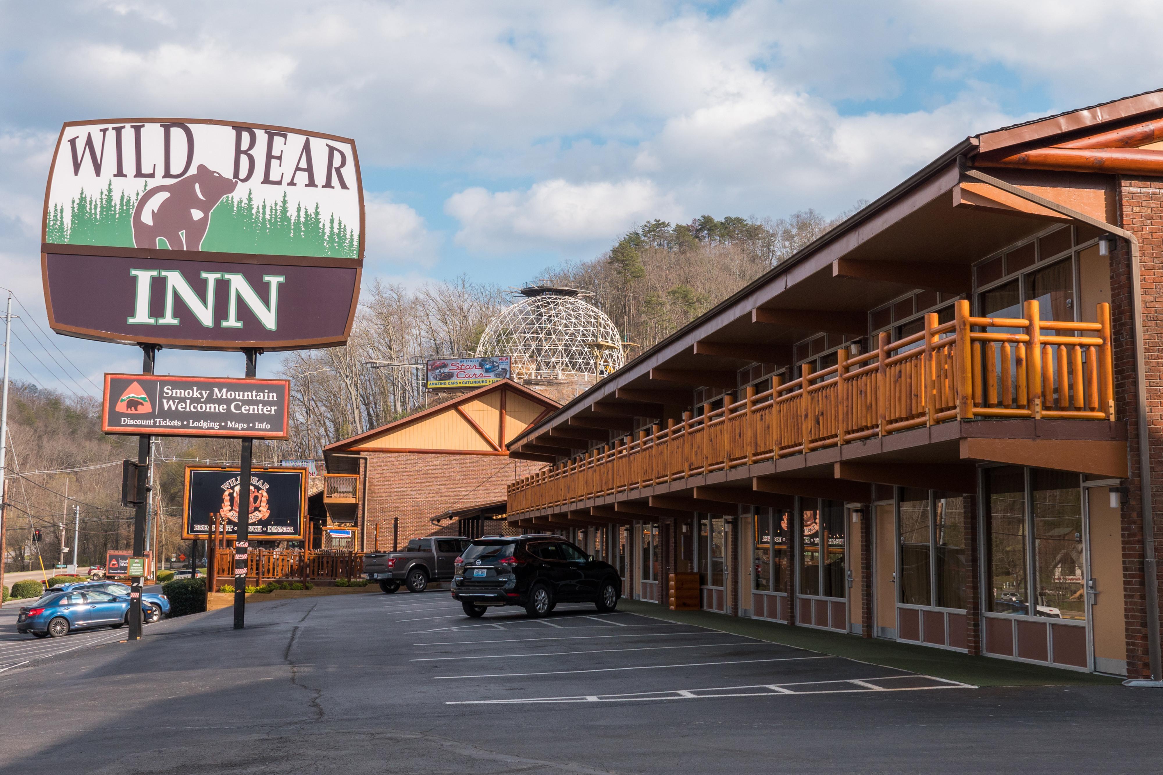 Pigeon Forge Hotel Deals - Wild Bear Inn