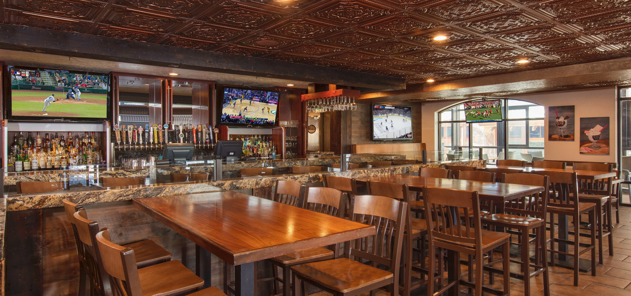 Drafts Burger Bar has the best restaurant in Park City Utah | Westgate Park City Resort & Spa | Westgate Resorts Dining
