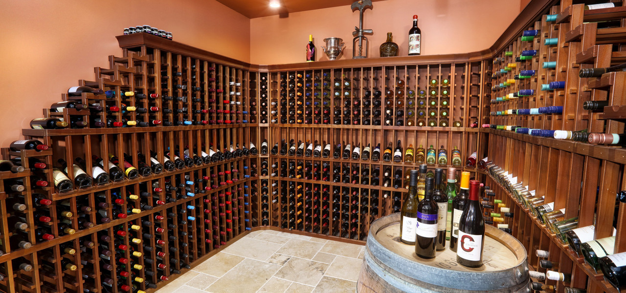 Wine Selection at Marketplace Deli at hotel in Orlando, FL |  Westgate Lakes Resort & Spa | Westgate Resort