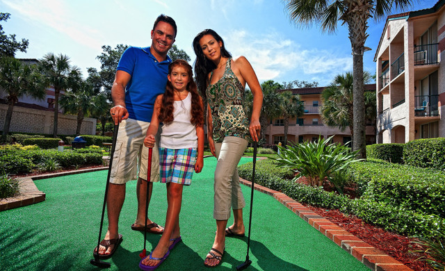 Lake Buena Vista resort near Orlando's theme parks | Mini Golf