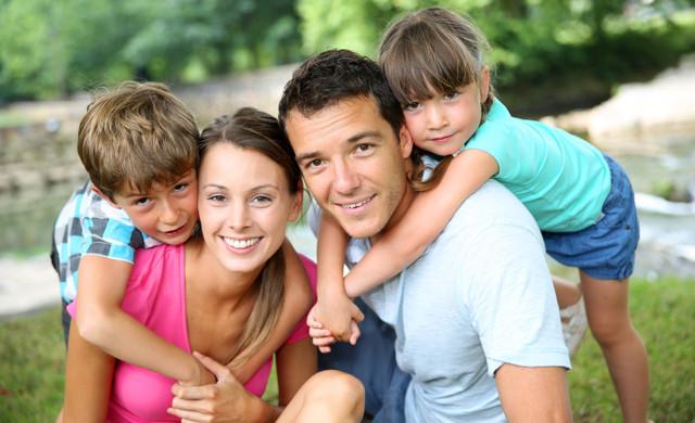 Kissimmee resort near Disney World | Happy Family on Vacation