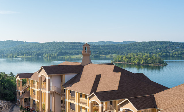 AAA Discount at our Branson Table Rock Lake Resort in Missouri   Resort Overlooking Table Rock Lake