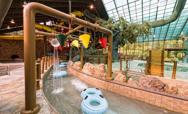 The Best Indoor Water Park TN Has To Offer | Wild Bear Falls