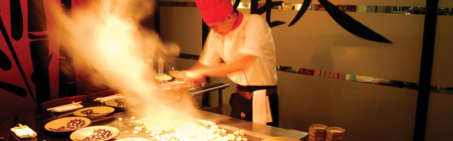Cooking inside the best Japanese Hibachi Las Vegas | Menu For Benihana Las Vegas | Westgate Las Vegas Resort & Casino
