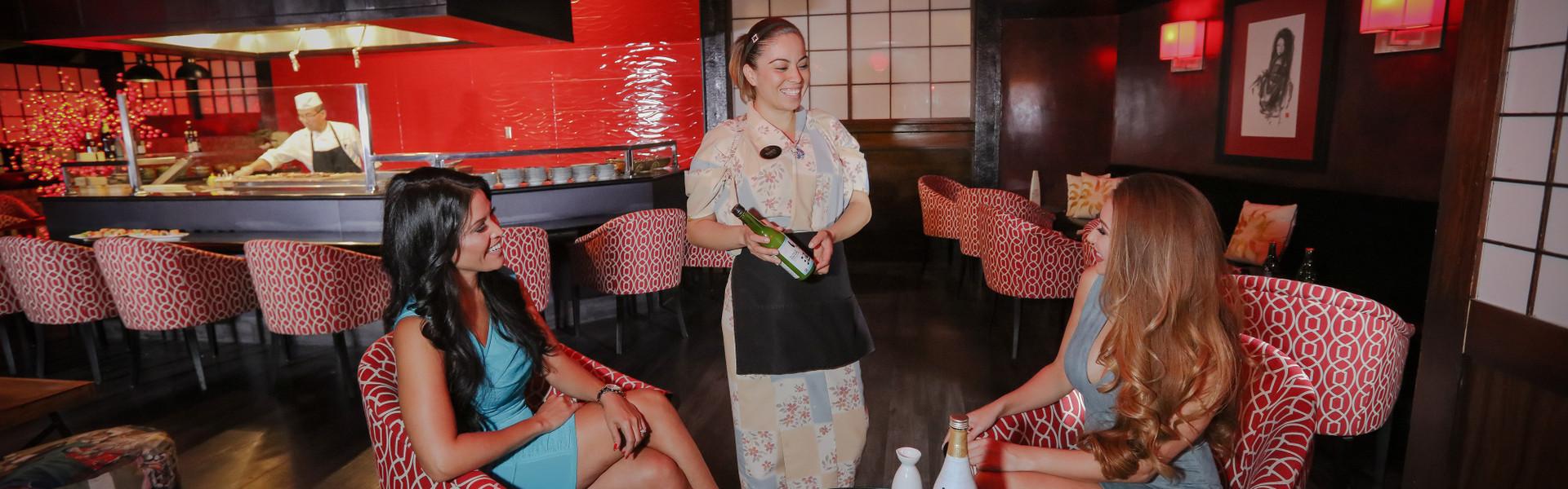 Bar Sake at our Las Vegas Hotel and Casino | Diners Enjoying Bar Sake