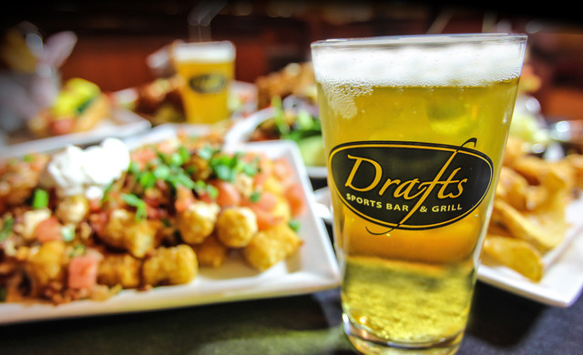Myrtle Beach Sports Bar at our Oceanfront Hotel | Tatchos at Drafts Sports Bar & Grill
