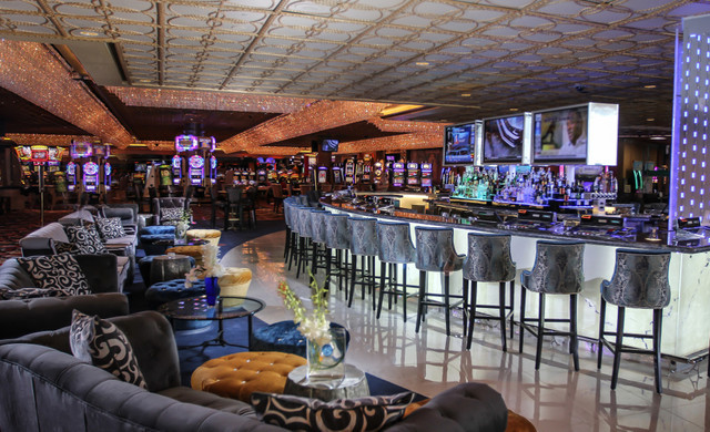 Dining at our Las Vegas Hotel and Casino | The International Bar