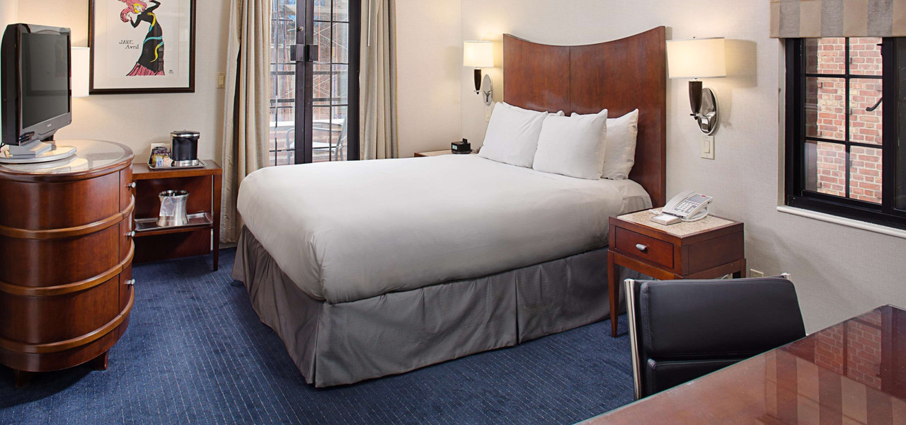 A Signature NYC Midtown Room With A Balcony View | Westgate New York Grand Central Hotel
