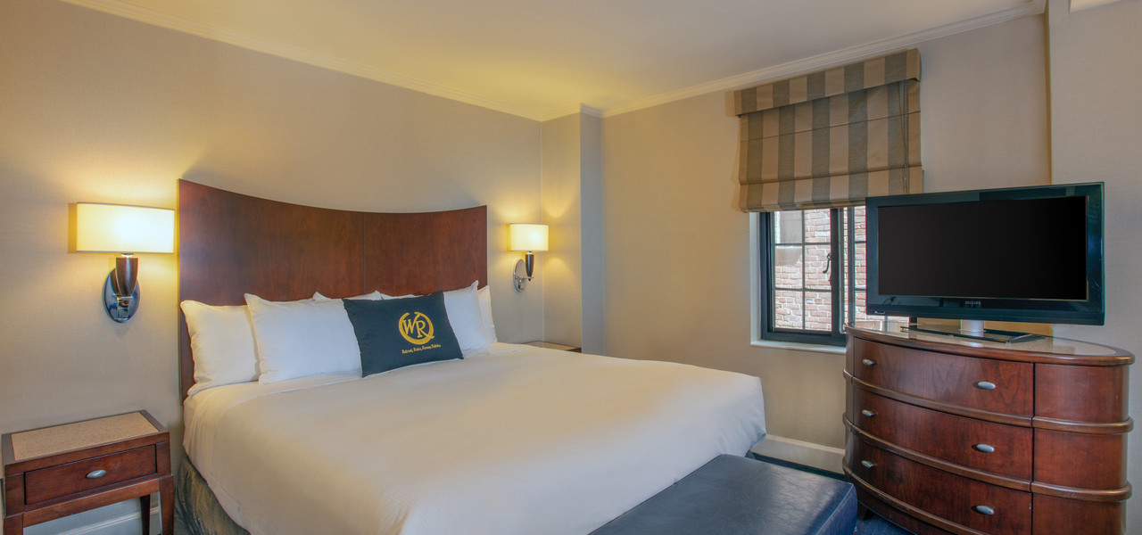 Signature King Suites Near Midtown East NYC | Westgate New York Grand Central | Hotels Near Grand Central Station