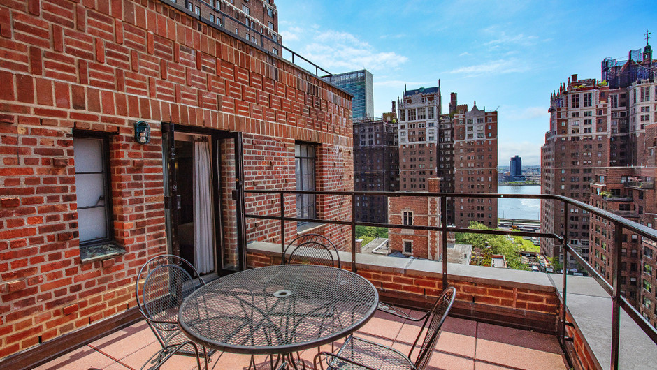 Nyc Suites With Balcony Westgate New York Grand Central