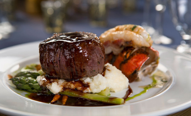 Golf at our Las Vegas Hotel and Casino | Edge Steakhouse Cuisine