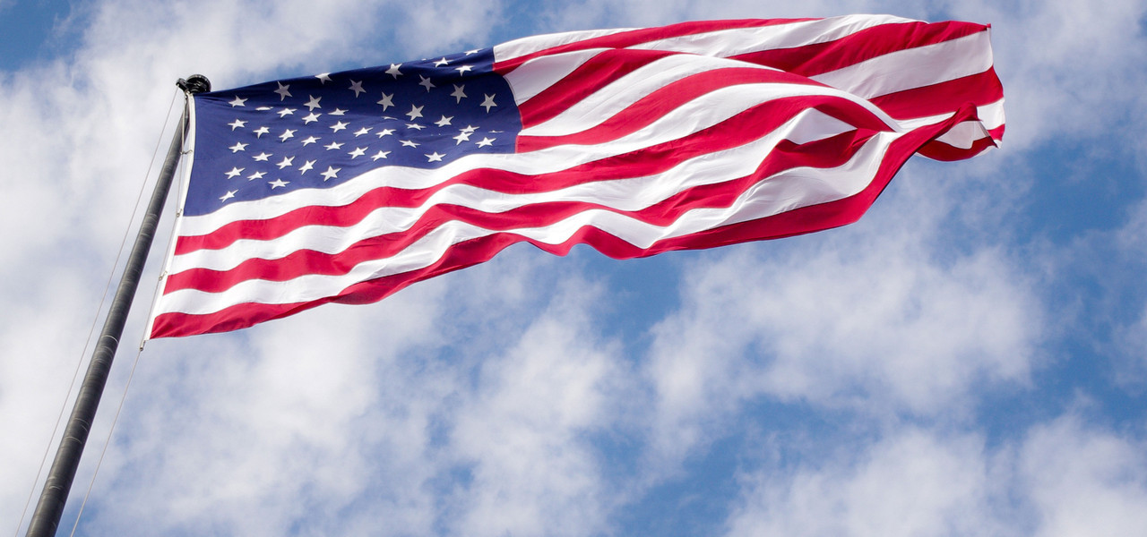 Flag Flying in honor of Military Hotel Discounts | Orlando Military Discounts | Westgate Lakes Resort & Spa