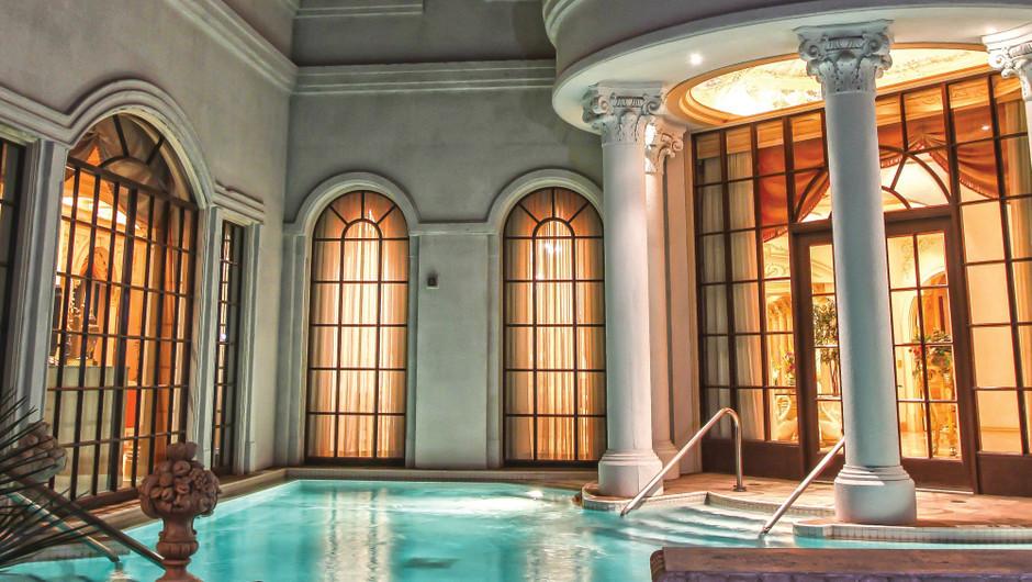 Outdoor private pool in the Versailles Sky Villa - Westgate Las Vegas Resort & Casino
