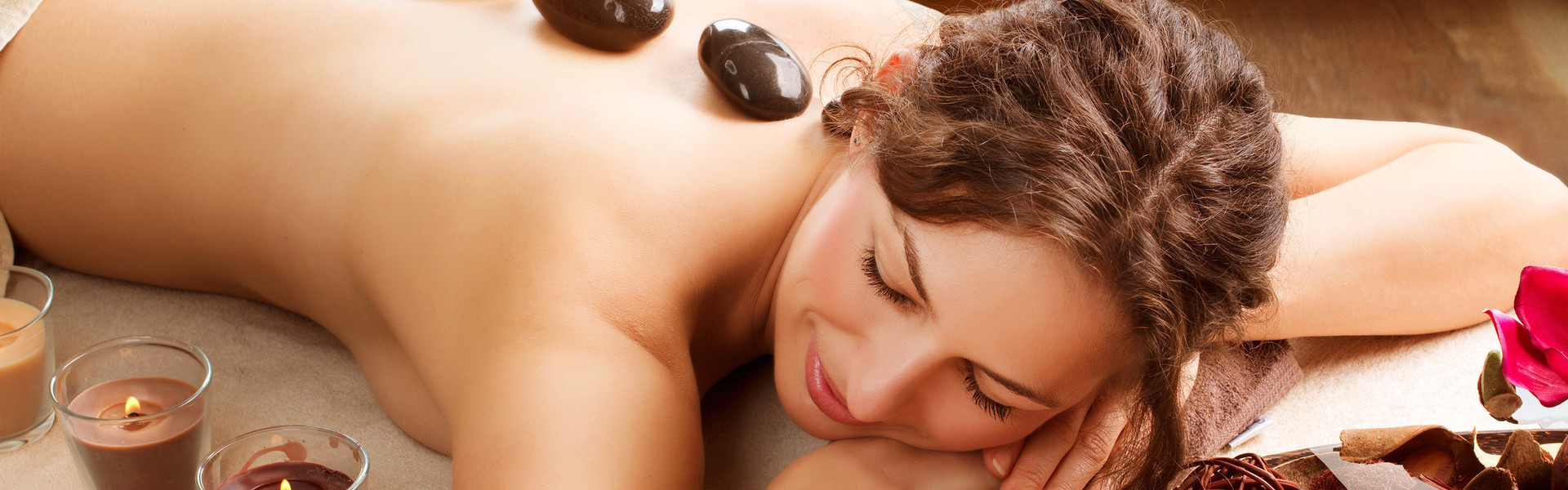 Spa Resorts in Tennessee | Stone Massage