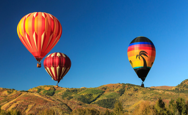 Helicopter Skiiing near our Park City, Utah Hotel and Ski Resort | Hot Air Ballooning