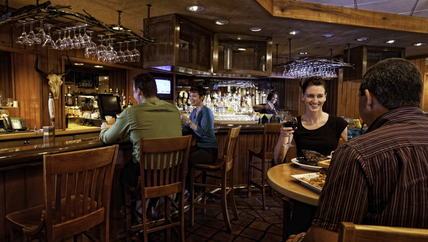 People eating at the bar - Westgate Smoky Mountain Resort