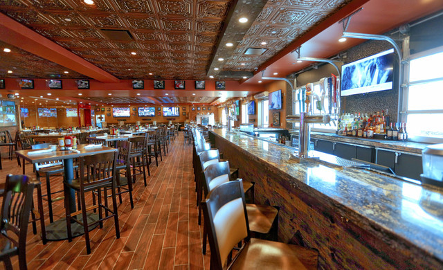 Inside Drafts Sports Bar and Grill in Orlando, FL | Orlando Sports Bars | Westgate Lakes Resort & Spa