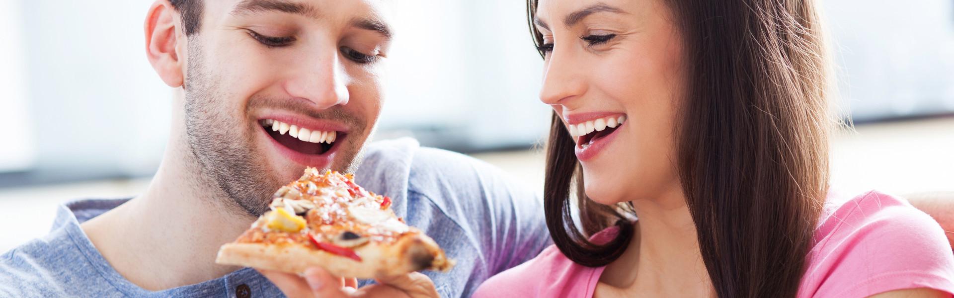 Eating Cordovano Joe's Pizza Orlando Florida | The Best NY Style Pizza in Orlando | Westgate Lakes Resort & Spa