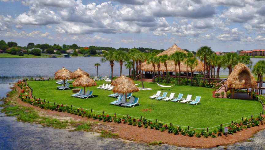 Sunset Key outdoor event space at our hotel near turkey lake road | Outdoor wedding reception space for Orlando meeting planners | Westgate Lakes Resort & Spa