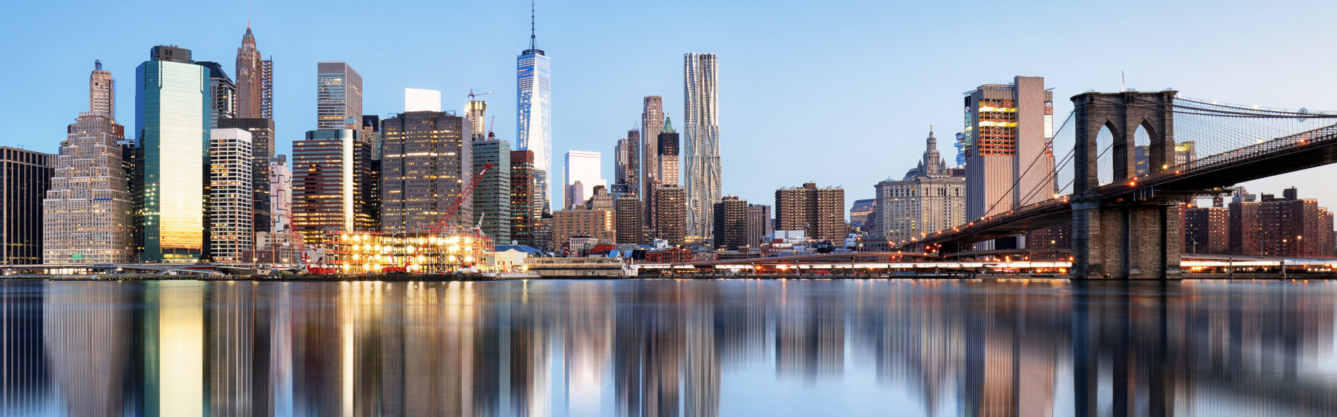 Company Retreat Discount Group Rates In NYC | New York City Skyline