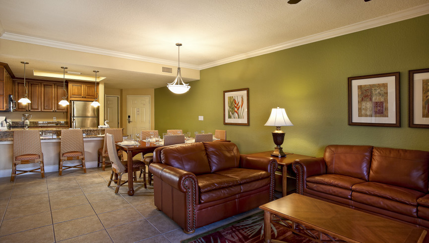 Kissimmee Hotel Overview | Villa Living Area