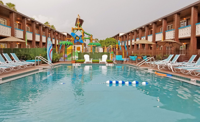 Makua Lanai at our Cocoa Beach Hotel near Westgate Cocoa Beach Pier | Pool