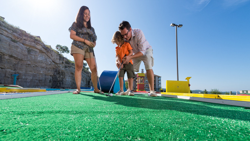 Family Mini Golf | Westgate Branson Woods Resort