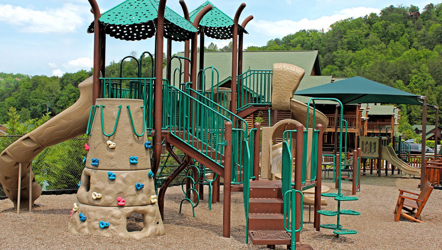 Gatlinburg Resort near the Smoky Mountains | Outdoor Playground