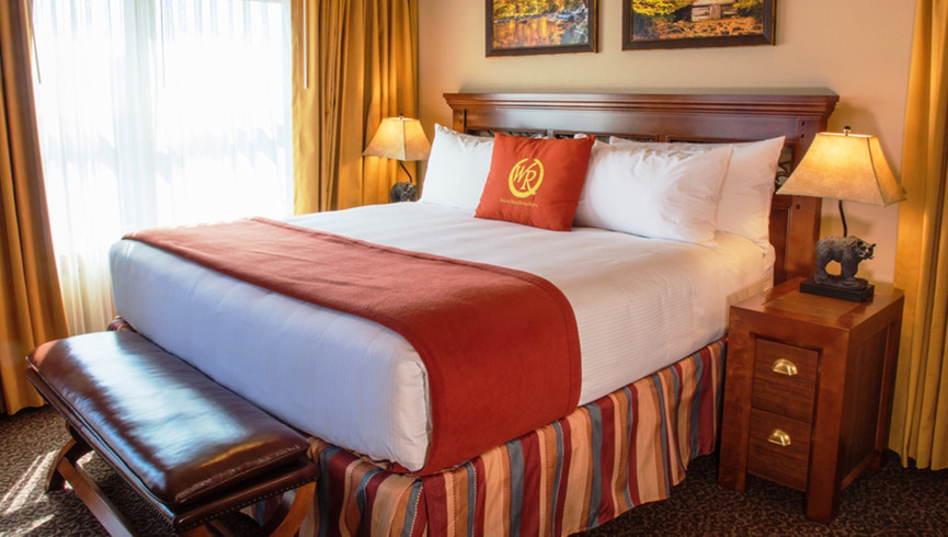 Gatlinburg Resort near the Smoky Mountains | Spacious Bedrooms