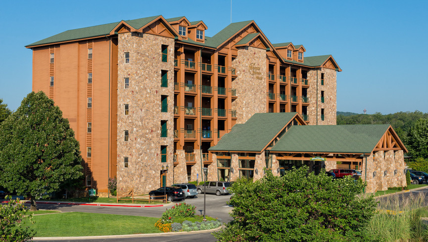 Photos of a Branson Hotel Near Roark Valley Road | Westgate Branson Woods Resort