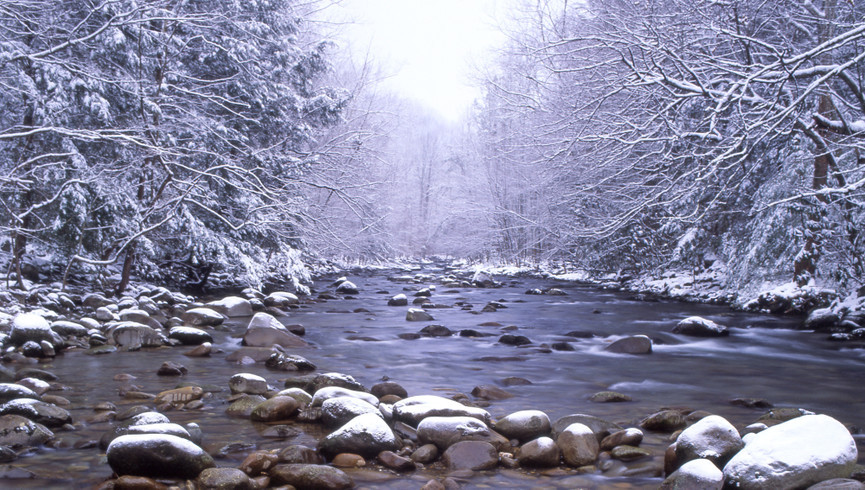 Gatlinburg Resort near the Smoky Mountains | Winter River