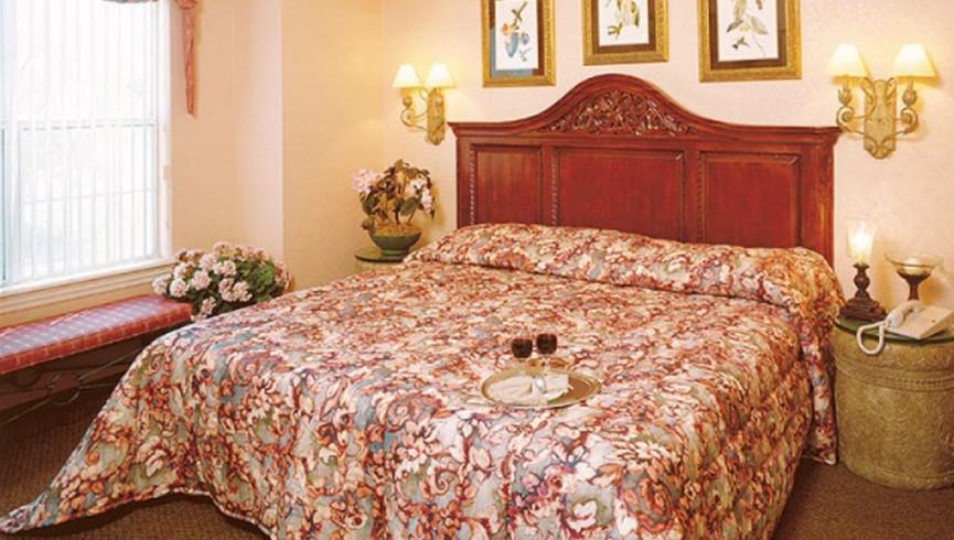 Bedroom in one bedroom villa | Westgate Tunica Resort