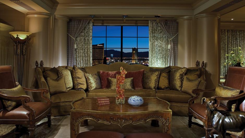 Living room area in the Renaissance Suite - Westgate Las Vegas