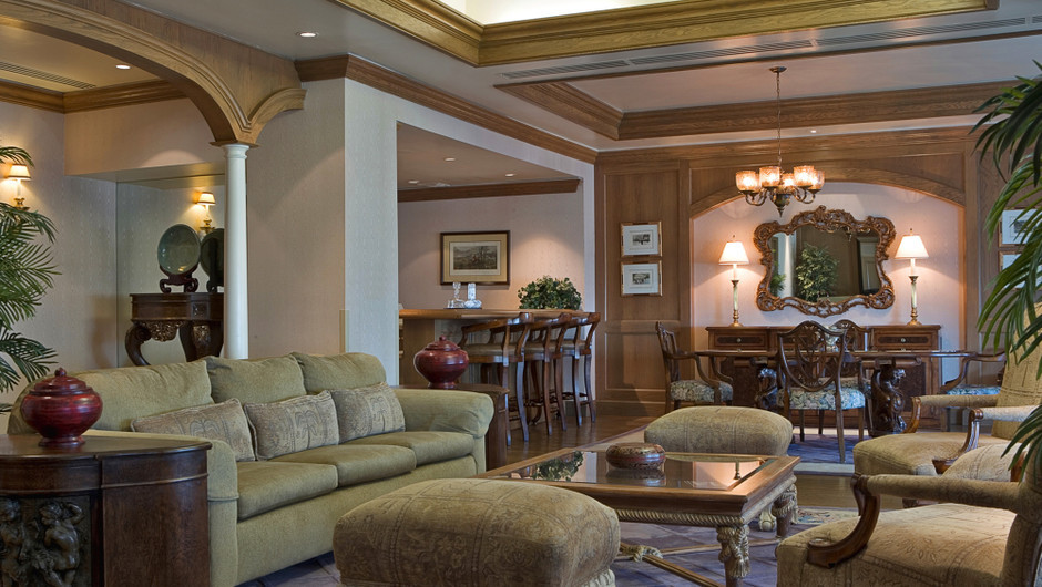 Sitting area in the Country Club Suite - Westgate Las Vegas