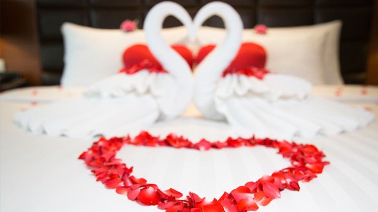 Room Decoration | 9 Reasons to Celebrate Valentine's Day With Westgate Resorts | Valentine's Day Trip Ideas