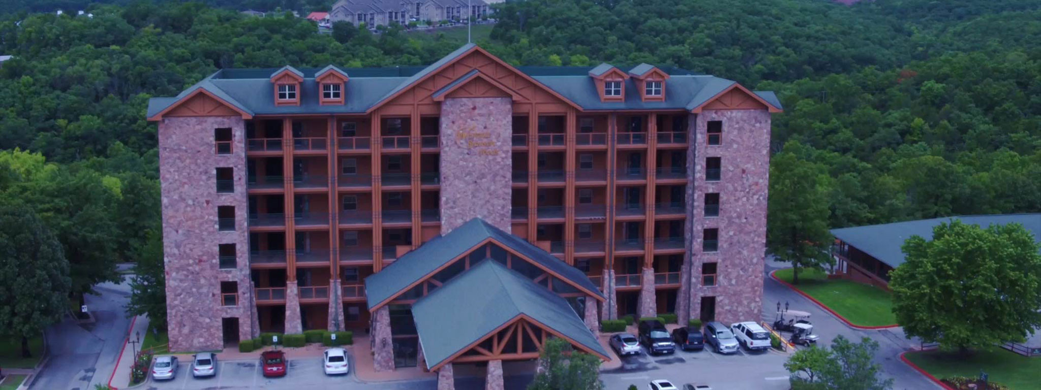 Branson Hotel near Roark Valley Road   Westgate Branson Woods Resort